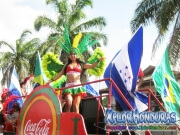chicas de coca cola - desfile-de-carrozas-2014-carnaval-de-la-ceiba-098