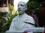 Busto esculpido de Nicolas Arias del Hierro La Ceiba