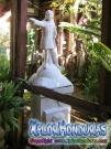 Estatua de Cristobal Colon jardin casa de Nicolas Arias del Hierro
