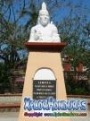 Estatua de Lempira donada por Nicolas Arias del Hierro Plaza Central La Ceiba
