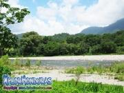 parque nacional pico bonito, rio cangrejal, rico para bañar