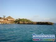 Roatan, Islas de la Bahia, Honduras, bello hotel con vista al mar
