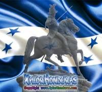 Francisco Morazan estatua bandera de honduras