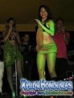 Chicas Zambat Carnavalito Barrio Ingles