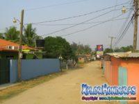 El Triunfo de La Cruz Tela Honduras Calle Principal