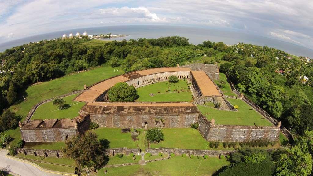 Fortaleza San Fernando de Omoa, Honduras : XplorHonduras Honduras