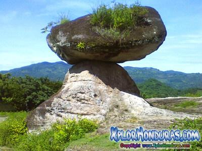 Piedra del Baile o de la Balanza Municipio de San Miguelito