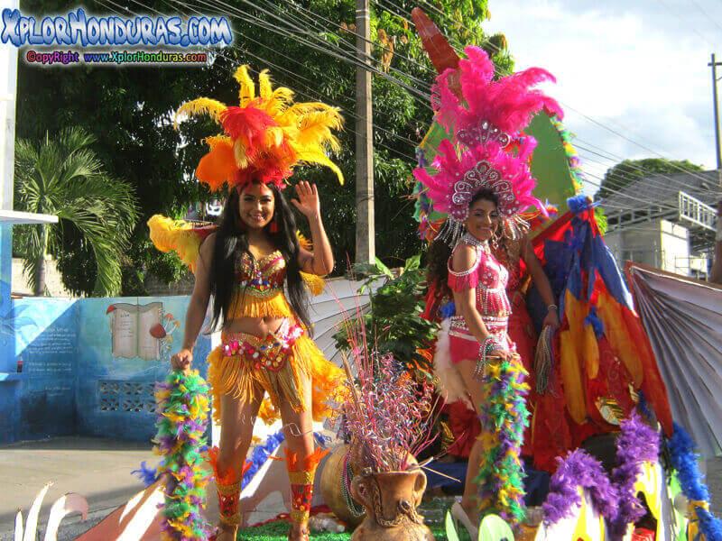 Video Desfile de Carrozas La Ceiba 2019